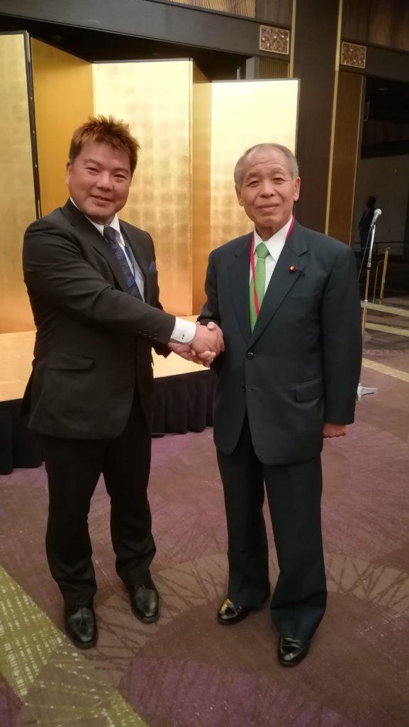 鈴木宗男元国務大臣 と榊原平