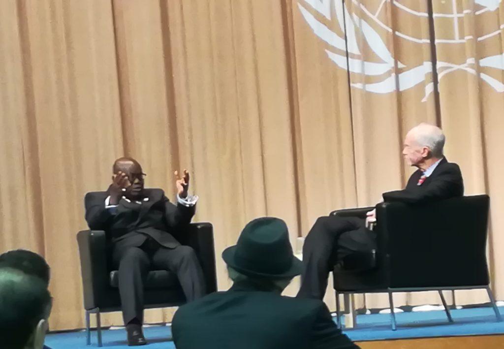 アクフォ=アド ガーナ共和国大統領 (President of Ghana H.E. Nana Addo Dankwa Akufo-Addo) デイビッド・マローン国連大学学長  2018年12月12