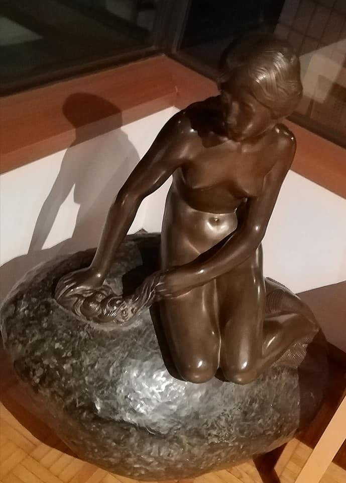 人魚姫の像 駐日デンマーク王国大使公邸