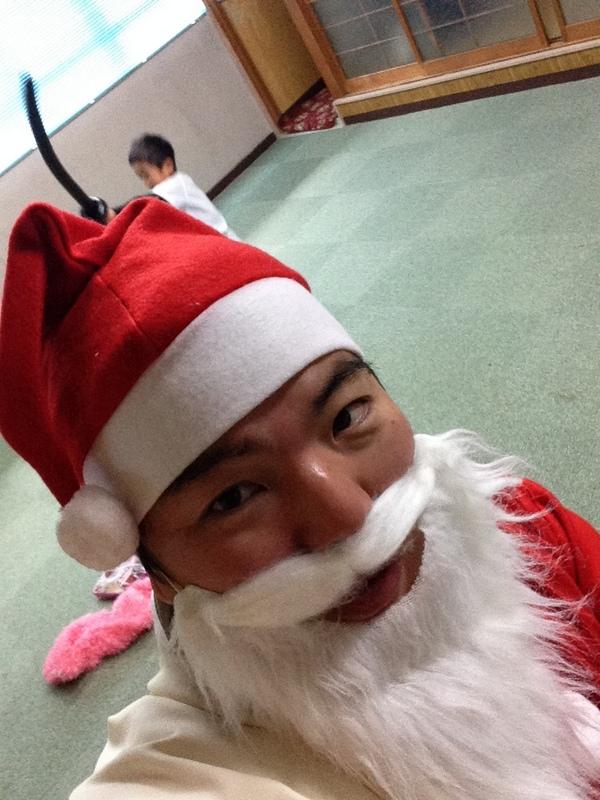 クリスマスサンタになってプレゼントを配りました 榊原平