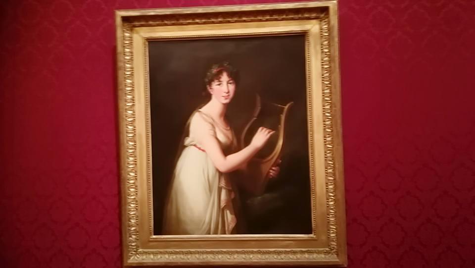 ブランがイギリスに滞在したときに描かれた。 『リラを弾く女性』 ヴィジェ・ルブラン 1804 ギリシャ風のシュミーズ・ガウン