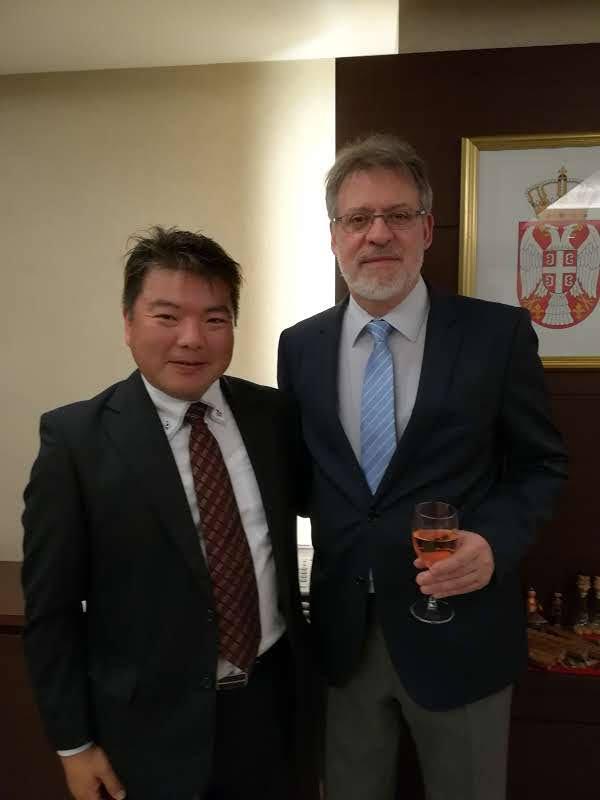 ネナド・グリシッチ セルビア大使と榊原平(駐日セルビア大使館にて)