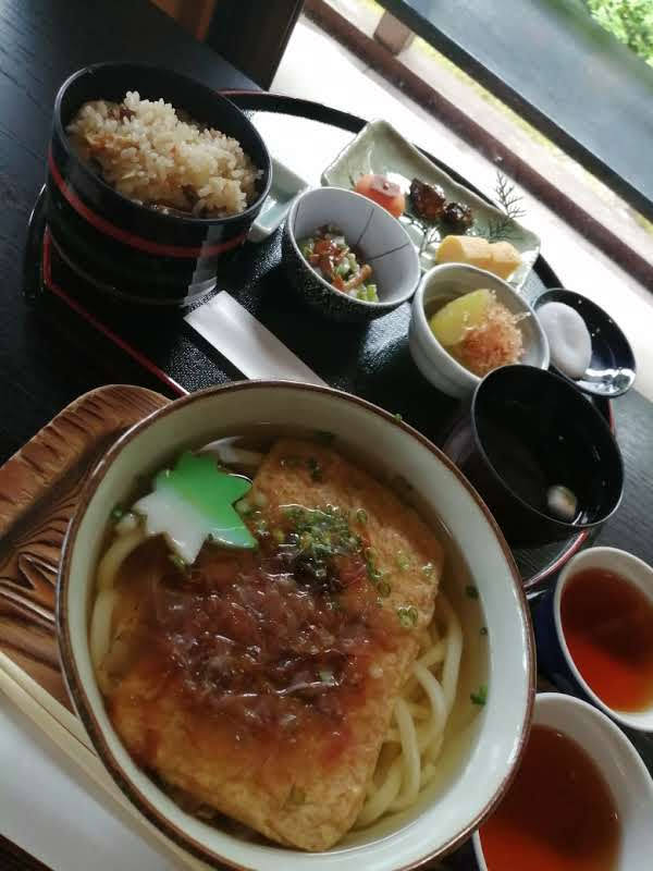 奥殿陣屋 松茸ご飯