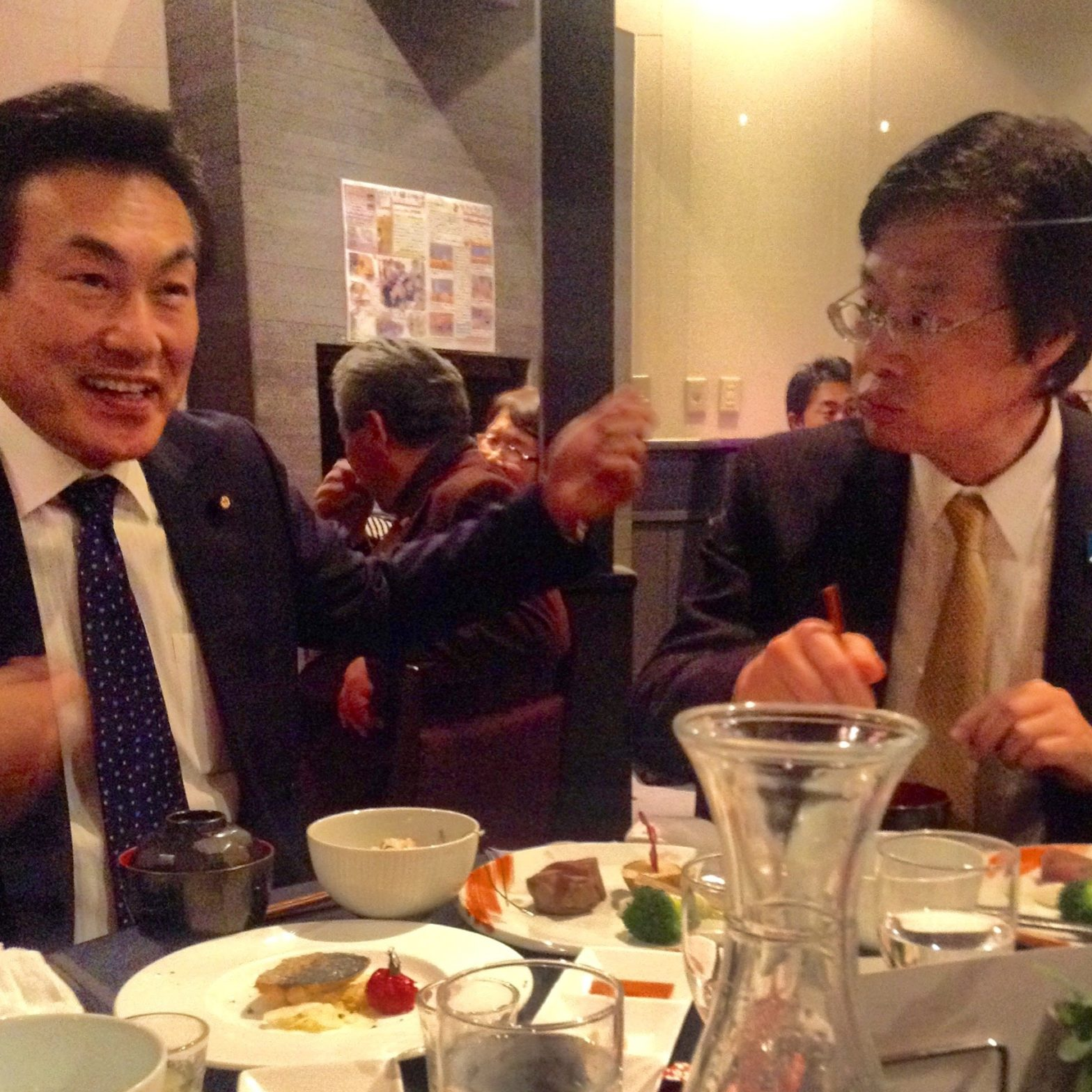 参議院議員 藤川政人 大見正 衆議院議員 花の宴 でおいしいもの 2月
